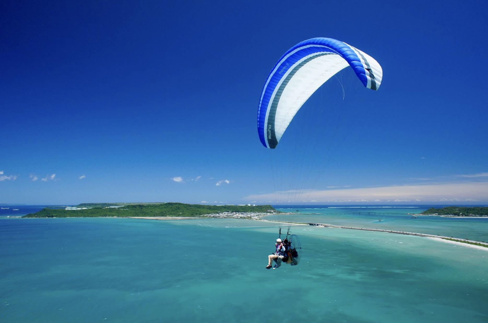 パラグライダー沖縄