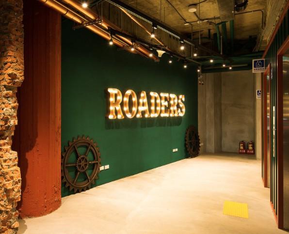 Roaders Hotel官網