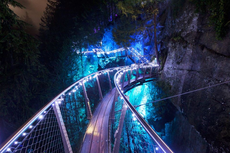 Capilano Suspension Bridge Park 官網